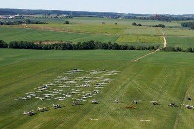 Sofern es die Coronakrise zulässt, will der Aero-Club Zwickau im Mai bei der geplanten Segelflugmeisterschaft Bilder wie dieses sehen.