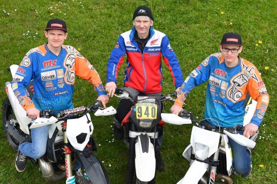 Endurosport ist bei Einar, Chris und Arvid Meyer (von links) aus Reinsdorf Familiensache.