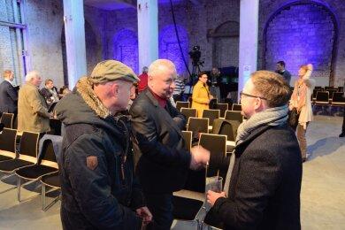 """Teilnehmer der Leserdebatte im Gespräch mit """"Freie Presse""""-Chefredakteur Torsten Kleditzsch."""