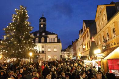 Ein Bild aus Vor-Corona-Zeiten: Dieses Jahr soll der Schwarzenberger Weihnachtsmarkt ausfallen.