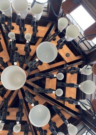 Ein Blick ins Innere des Glockturm zeigt: Ein Glocke fehlt. Foto: Kindt-Matuschek
