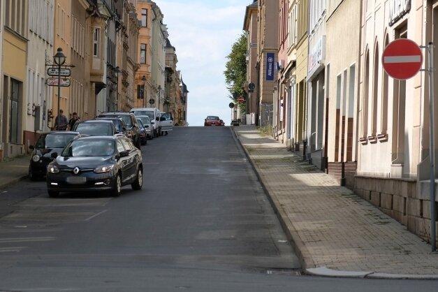 Die Weststraße ist eine Einbahnstraße. Radfahrer sollen sie künftig auch entgegen der vorgeschriebenen Fahrtrichtung befahren dürfen.