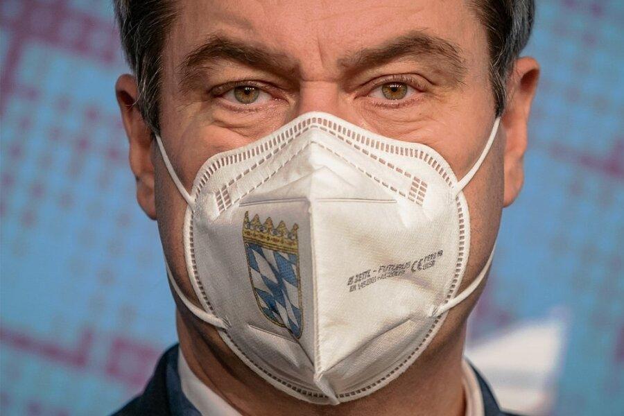 """Zum Thema Schulschließungen bezieht Bayerns Landeschef Markus Söder klar Position: """"Seit Kitas und Schulen konsequent geschlossen sind, gehen die Infektionszahlen deutlich zurück. Auch da gilt: Vorsicht ist besser!"""""""