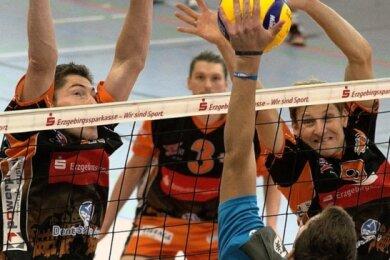 Der Zschopauer Block, hier gestellt von Kai Trautvetter (links) und Florian Haase, hatte es gegen die Gäste aus München schwer.