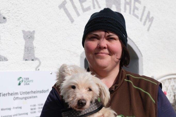 Andrea Thomas gibt Hund Willi entweder in gute Hände ab - oder überhaupt nicht. Trotz Corona.