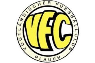 Wilfried Hub steht weiter an der Spitze des VFC Plauen