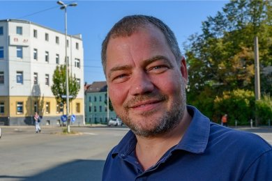 """""""Jetzt werden die Felle verteilt. Und ich hätte schon ganz gern, dass wir in Sachsen vorn mit dabei sind."""" Thomas Knabel, IG-Metall Chef Zwickau"""
