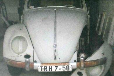 Aus einer Garage Am Gewerbegebiet im Weischlitzer Ortsteil Gutenfürst haben unbekannte Täter einen grauen VW Käfer Cabrio, Baujahr 1960, gestohlen.
