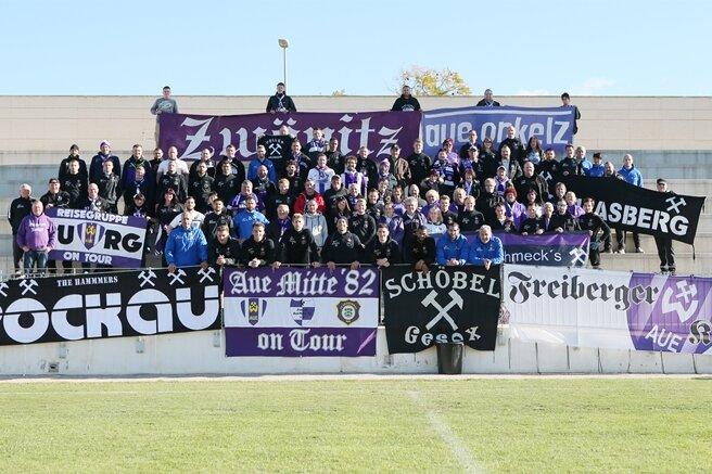 Im Trainingslager im spanischen Torre-Pacheco nahmen sich die Veilchen Zeit für ihre Fans.