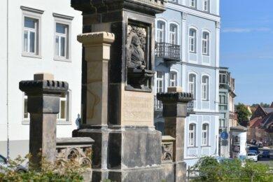 Der Hornbrunnen an der Hornstraße in Freiberg nimmt Stück für Stück Gestalt an.