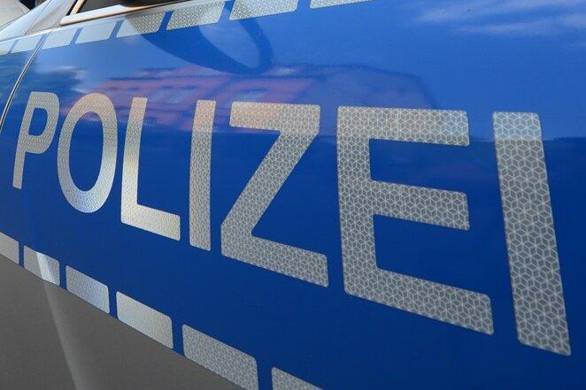 Polizei ermittelt Brandstifter