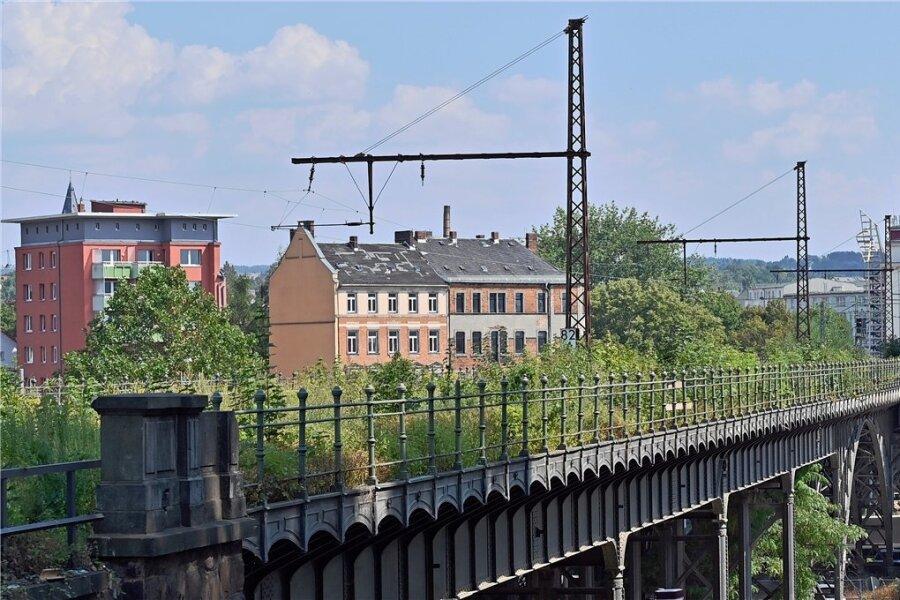 Teil des Chemnitzer Bahnbogens: Das denkmalgeschützte Viadukt über die Annaberger Straße. Ab April 2022 soll gebaut werden.