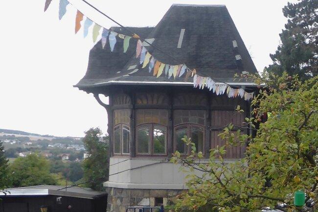 Seit 120 Jahren ist der Pavillon ein Blickfang auf dem Reichenbacher Burgberg.