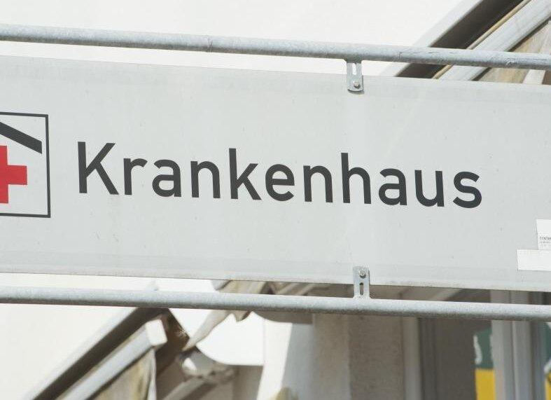 Die Mitarbeiter in den Krankenhäusern Freiberg und Mittweida bekommen eine Coronaprämie gezahlt, weil es im Frühjahr 2021 so ins Krankenhausfinanzierungsgesetz geschrieben wurde.