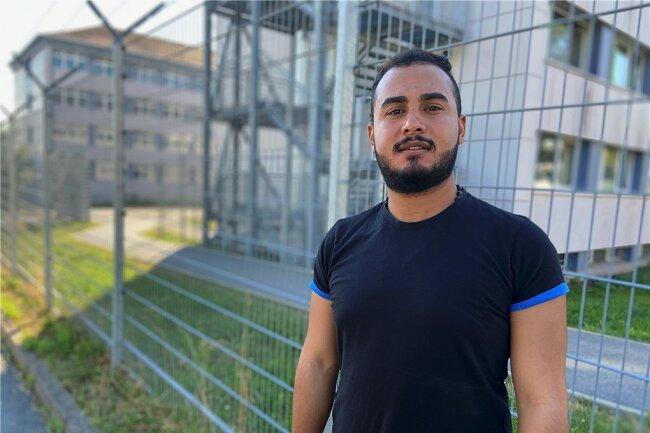 Naim Afana lebt seit Februar in der Erstaufnahmeeinrichtung in Schneeberg. Er leidet unter den Bedingungen im Lager, wie er sagt.