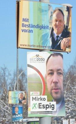 Wahlplakate säumen die B 101 in Brand-Erbisdorf.