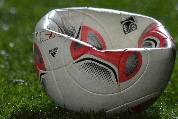 Die Luft ist raus, der Sächsische Fußballverband hat festgelegt, die Saison auf Landesebene für Frauen, Männer und Nachwuchs zu beenden.