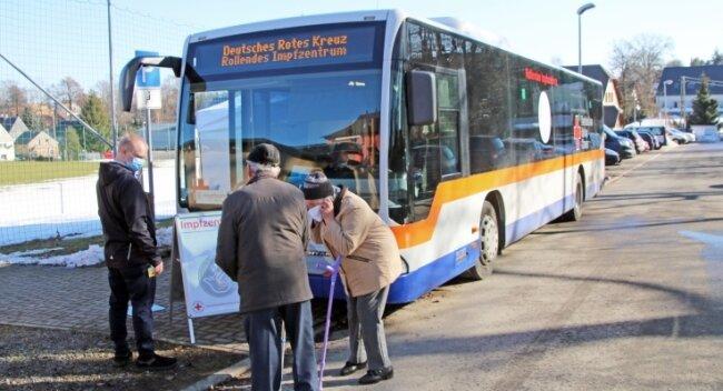 Der Impfbus des DRK hatte am 21. Februar erstmals in Mittelsachsen Station gemacht - am Sportlerheim in Großhartmannsdorf.