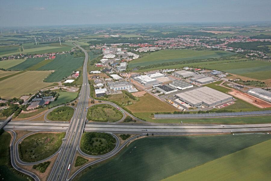 Die Anschlussstelle Meerane auf einem älteren Luftbild. Der untere Teil wird für einige Zeit gesperrt.