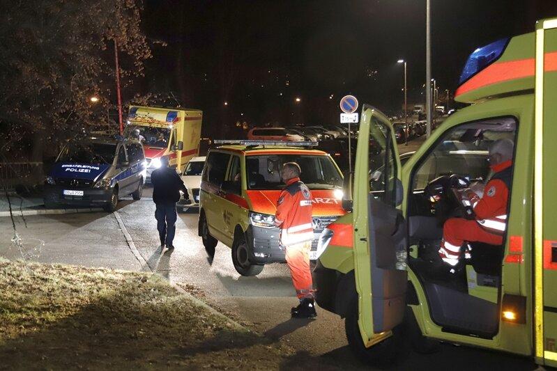 19-Jähriger verletzt zwei Polizisten