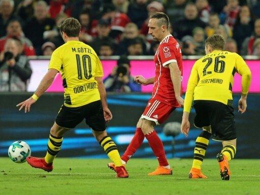Im Bundesliga-Topspiel gastieren die Bayern in Dortmund