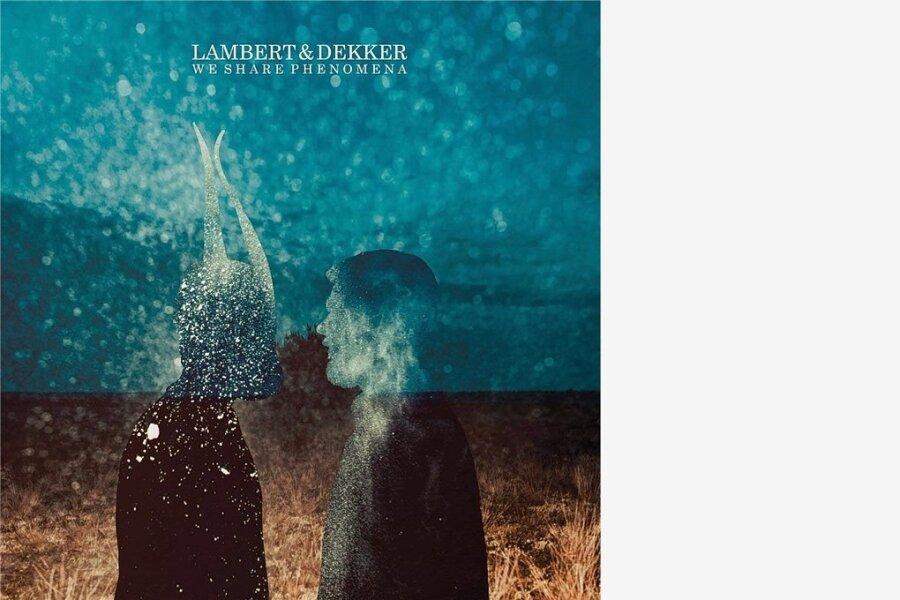"""Lambert und Brooklyn Dekker: """"We Share Phenomenia"""""""