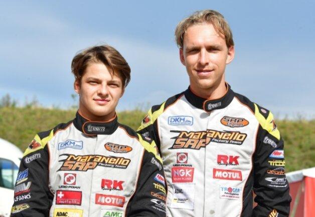Zufrieden konnten Niels und Tim Tröger (von links) nicht dreinschauen. Ihr Heimrennen hatten sie sich anders vorgestellt.