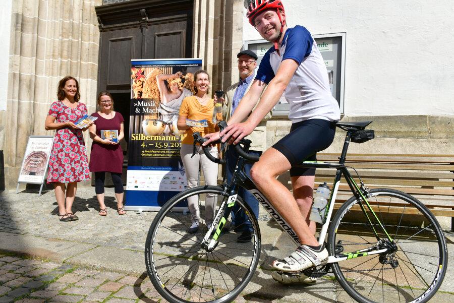 223 Kilometer will Petrikantor Clemens Lucke am Tag schaffen.