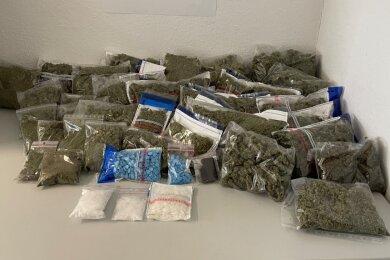 Neben Marihuana wurde auch Haschisch, Crytal und Ecstasy in einer Zwickauer Wohnung gefunden.