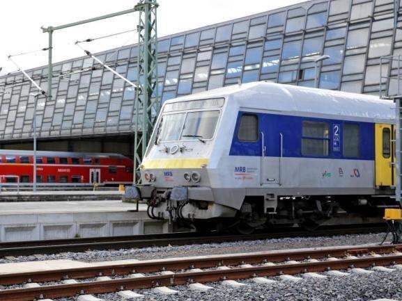 Die Bahn will zügig mit den Planungen für den Ausbau der Strecke Chemnitz-Leipzig beginnen.