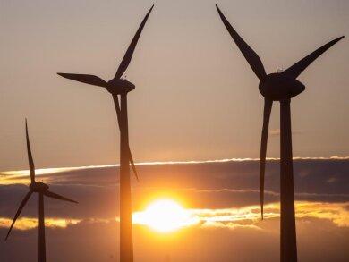 Mit der seit Jahresbeginn erzeugten Menge an Windenergie ließe sich der Stromverbrauch aller deutschen Haushalte für ein Jahr decken.