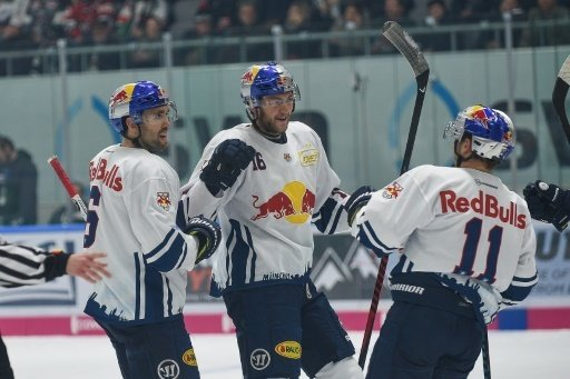 Red Bull München thront weiter an der DEL-Spitze