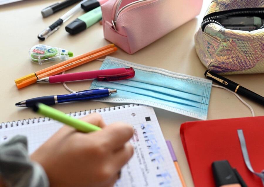 Einmal Wechsel-Unterricht und zurück: Wann werden die Klassen an Sachsens Schulen geteilt?