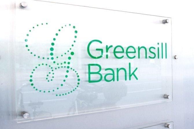 Nach der Erfahrung mit der Greensill-Bank holt das Landratsamt jetzt sieben Millionen Euro von der Hypothekenbank Niederösterreich zurück.