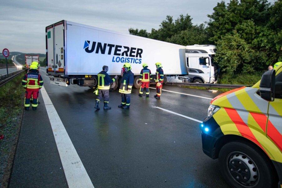 Lkw-Unfall: A 72 sechs Stunden dicht