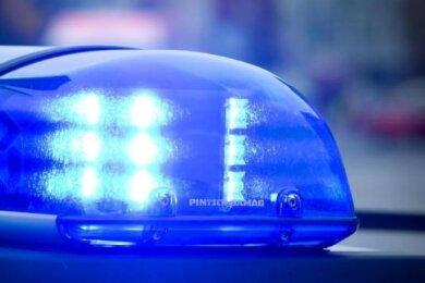 Festnahme in Döbeln: Mann verletzt zwei Menschen mit Messer.