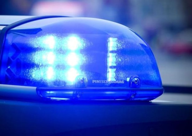 Schwer verletzter Mann regungslos aufgefunden - Mordkommission ermittelt