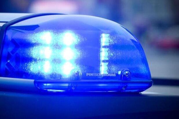 Autofahrer stirbt nach Unfall in Ostsachsen