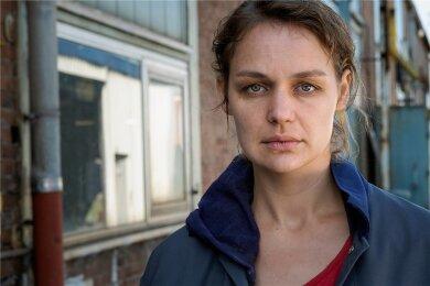 Die Frau, die man nicht sieht: Sabine (Luise Heyer).