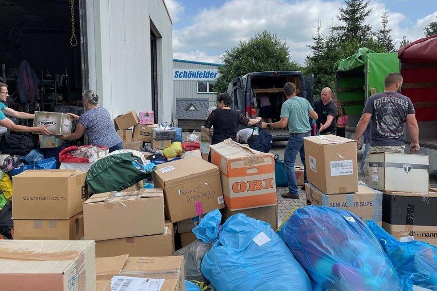Mit dieser Menge an Spenden haben die Organisatoren nicht gerechnet, die Hilfsbereitschaft ist unendlich groß.