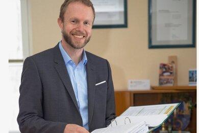 Thomas Mey in seinem Büro in Thermalbad Wiesenbad.