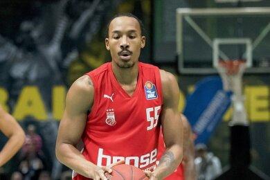 Darion Atkins (hier noch im Trikot von Brose Bamberg) wechselt ab der kommenden Saison zu den Niners Chemnitz.