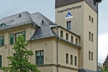 An der Jugendherberge Alte Feuerwache gibt es einen Kontroll- und Stempelpunkt des Wanderweges.