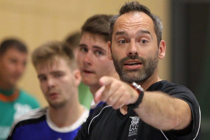 Trainer Mario Schuldes gibt beim Handball-Oberligisten HC Glauchau/Meerane die Richtung vor.