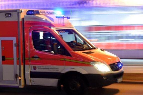 Tödlicher Arbeitsunfall - 23-Jähriger von Bauteil getroffen
