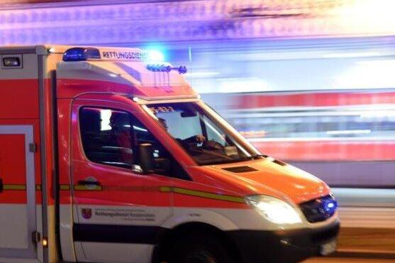 Mann bei Arbeitsunfall schwer verletzt