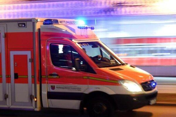 Frau fand ihn auf Bürgersteig: Verunglückter Radfahrer gestorben