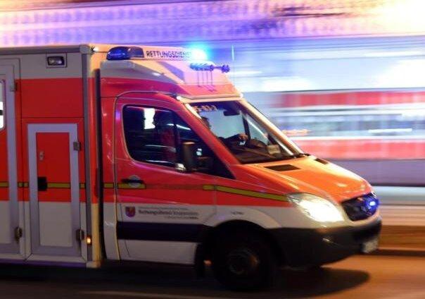 Verletzter Fahrradfahrer bewusstlos aufgefunden