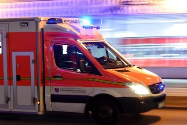 Chemnitz: Frau stürzt in leerstehendem Haus mehrere Meter tief