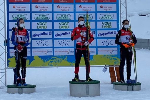 In der Mitte Sieger Manuel Einkemmer, links der Zweitplatzierte Simen Tiller und rechts Philipp Orter als Dritter.